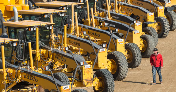 Motor graders for sale at Ritchie Bros.