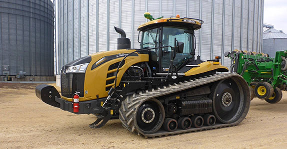 2016 Challenger MT865E track tractor sold at Ritchie Bros.